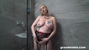 Grand Mams Wet Slut Mature