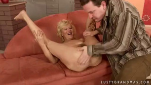 Mature Lili Lusty Grandmas porn