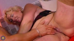 Maturenl Sonja (55) Mature woman loves hot sex