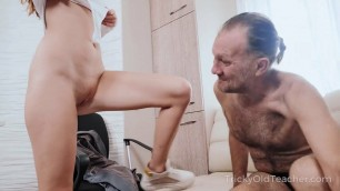 Tricky Old Teacher - Bad student reveals her sex talents