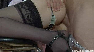 Slutty russian mature gives ass to her younger lover